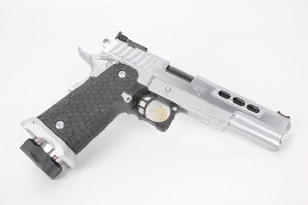 "STI International DVC 3 GUN 9MM 5.4"" Chrome & Black"