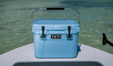 YETI Roadie 20 Ice Blue